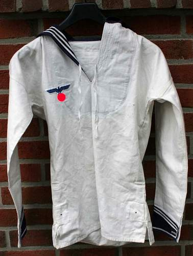 on KM white shirt + NCO blue Kollani!!!!