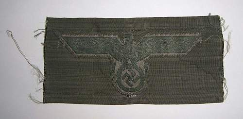 Three insignias: Heer shoulderboard, Heer chest eagle EM/NCO and KM Officers'  cap eagle - Original?