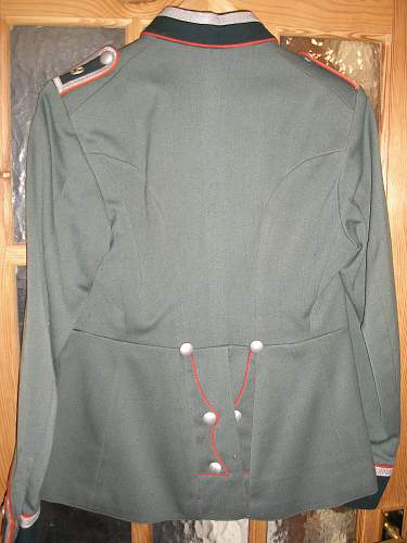 Click image for larger version.  Name:artiller tunic rear.jpg Views:111 Size:253.8 KB ID:213475