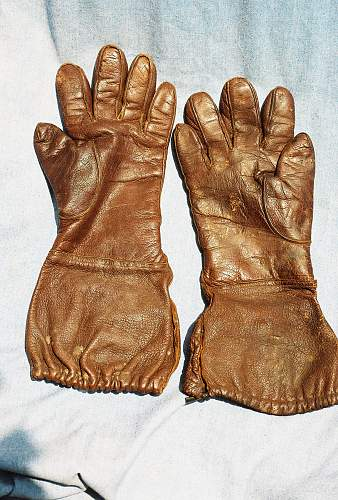 Need id on these gloves