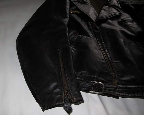 Opinions on this Luftwaffe Flight Leather Jacket ..