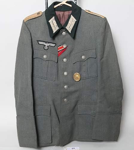 Nazi infantry officers feldbluse