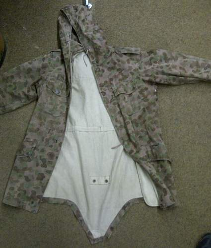 Clueless on this jacket ?!?