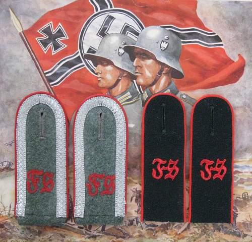 Feuerwerkerschule Schulterklappen on display