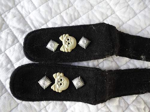 Panzer shoulder boards .........never seen like this before, repro?
