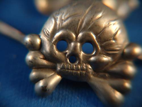 Early Totenkopf Panzer Collar Tab Skulls