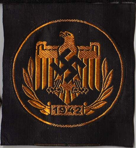 Click image for larger version.  Name:sports award patch, front.jpg Views:33 Size:144.0 KB ID:276450