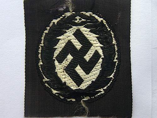 Click image for larger version.  Name:Schuma cap insignia 002.jpg Views:967 Size:49.0 KB ID:28046