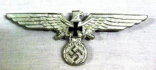 WW2 Nazi hat tin, with Iron cross?!