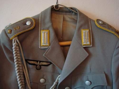 wehrmacht tunic?