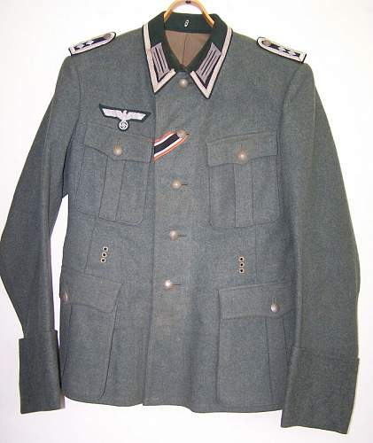 Click image for larger version.  Name:german_tunic3.jpg Views:209 Size:174.5 KB ID:292396