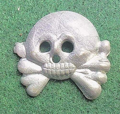 Click image for larger version.  Name:119) Panzer collar skull.jpg Views:44 Size:138.1 KB ID:308884