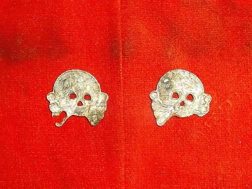 Heer Panzer skull originals or repros?