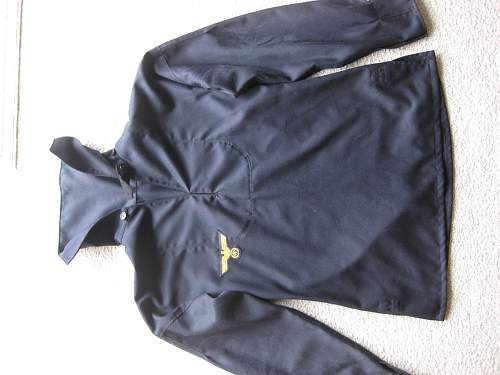 Click image for larger version.  Name:RVM Navy tunic2.jpg Views:44 Size:77.7 KB ID:325341