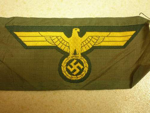 cloth insignia genuine ??
