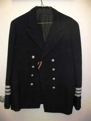 Click image for larger version.  Name:Navy coat.jpg Views:282 Size:25.6 KB ID:333678