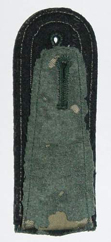 Click image for larger version.  Name:Heer Pioneer NCO's shoulder strap rear...JPG Views:119 Size:56.0 KB ID:34168