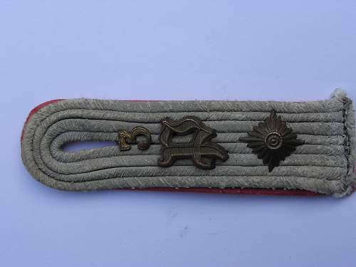 shoulder tab number 2 ( not sure if actually german)