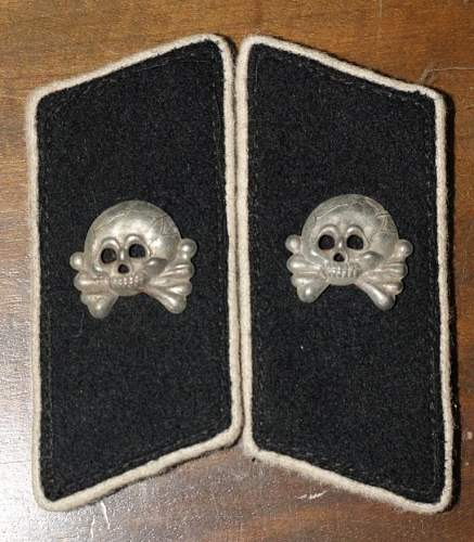 Question on these Collar Tabs