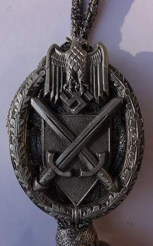 Click image for larger version.  Name:12may12 medals 028.jpg Views:66 Size:259.2 KB ID:351002