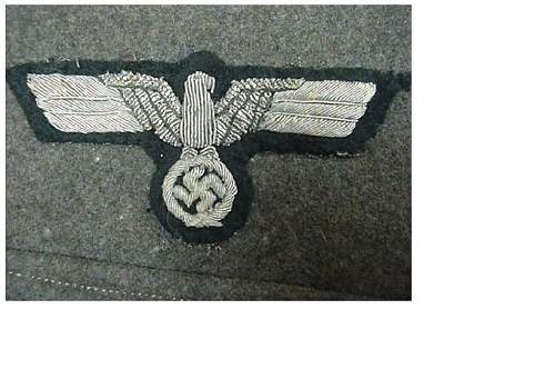 WW2 M.36 German army officer's tunic I am thinking of selling, could someone give me a value, please ?