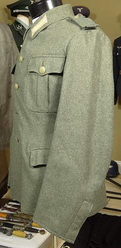 Click image for larger version.  Name:kriegs-uniform3.jpg Views:147 Size:173.7 KB ID:359564