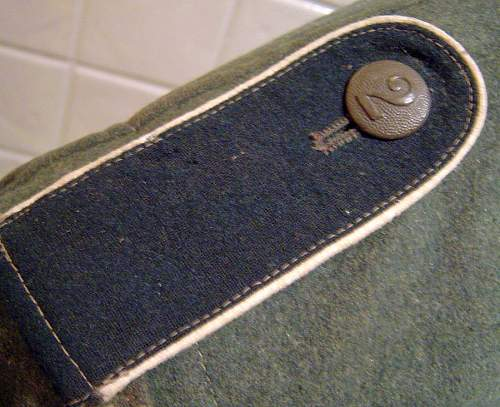M36 feldbluse Depot stamps and shoulderboard buttons