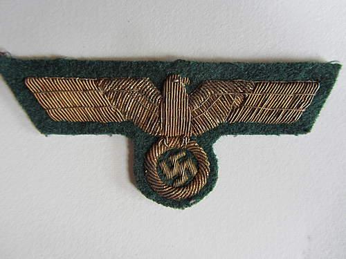Heer General or Kreigsmarine Artillery Breast Eagle ?