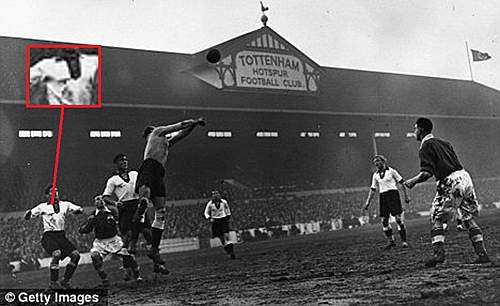 Click image for larger version.  Name:England Germany 1930's football match.jpg Views:809 Size:124.2 KB ID:391823