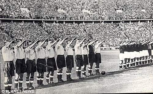 Click image for larger version.  Name:England football team salute the Nazis.jpg Views:1186 Size:231.2 KB ID:391850