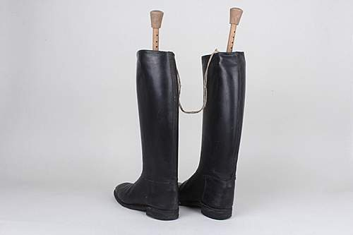 Click image for larger version.  Name:WH Off Boots 2.jpg Views:84 Size:37.3 KB ID:394365