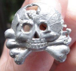 Panzer troop shoulder skull?