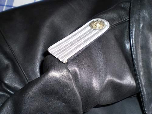 Click image for larger version.  Name:u-boat_jacket_3.jpg Views:549 Size:227.8 KB ID:421132