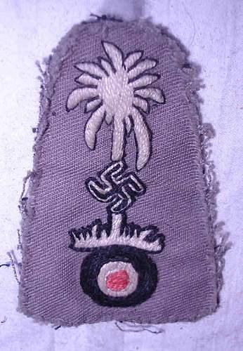 Click image for larger version.  Name:dak m43 insignia fantasy item.JPG Views:1219 Size:58.8 KB ID:423996