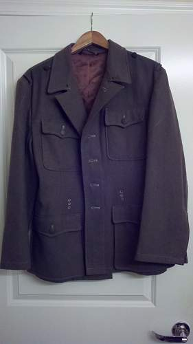 Does anyone know this uniform Maker?