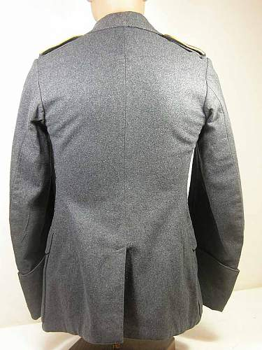 Click image for larger version.  Name:tunic oakleaf 2.jpg Views:54 Size:69.7 KB ID:427108