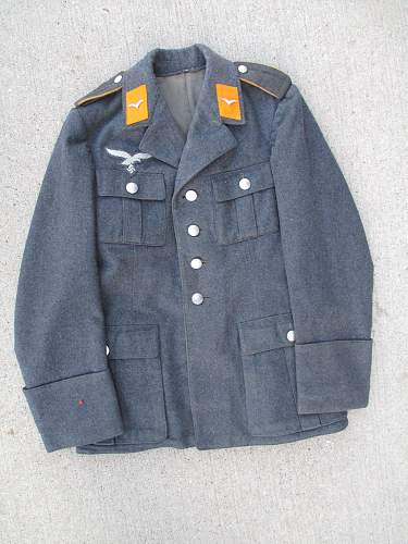 Luftwaffe Flight Tunic markings?