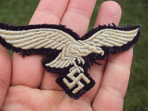 Luftwaffe breast eagle black background ??