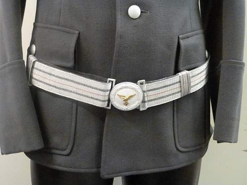 private purchase 2D Lietenant Luftwaffe tunic and visor