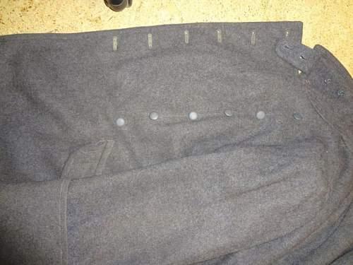 Is this a legit Luftwaffe coat?????