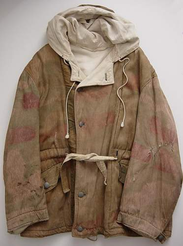 Click image for larger version.  Name:Tan Water pattern winter reversible parka. 1943..JPG Views:1452 Size:122.3 KB ID:4488