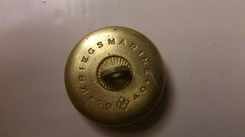 Does this Kriegsmarine button look real??