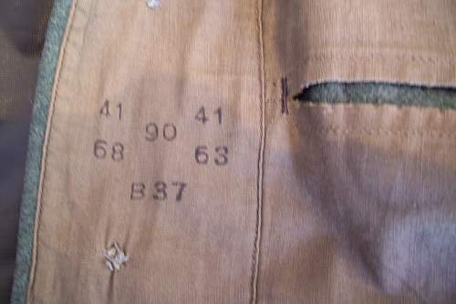 M36 tunic collar query