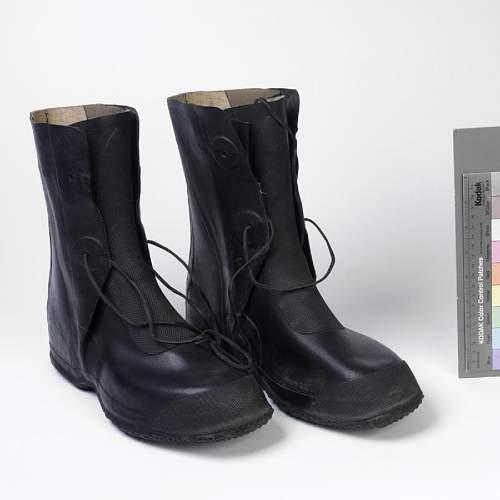 Kriegsmarine boots question