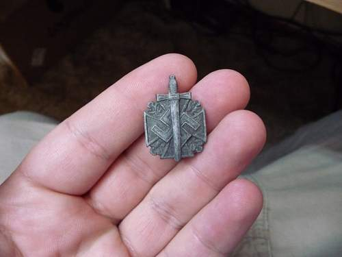 I found a German pin and would like some help identifying it.