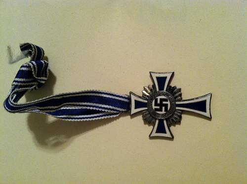 any ideas on this collar tab and shoulder board?