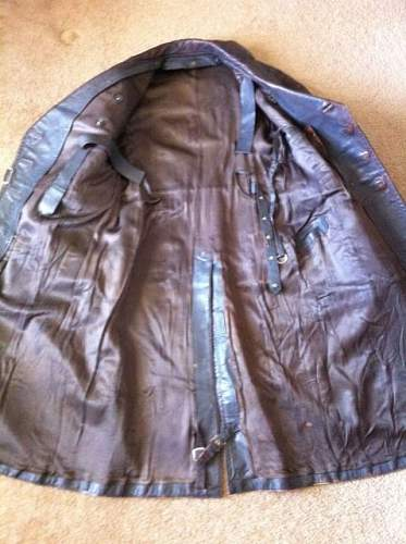 german WW2 leather coat ????? ANYone?