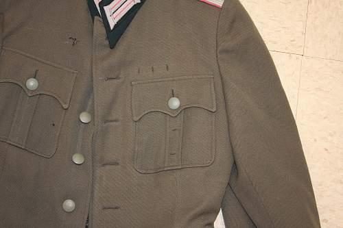 Heer Panzer Uniform... What to do?