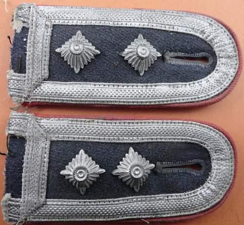 Luftwaffe shoulder straps pair - OK?