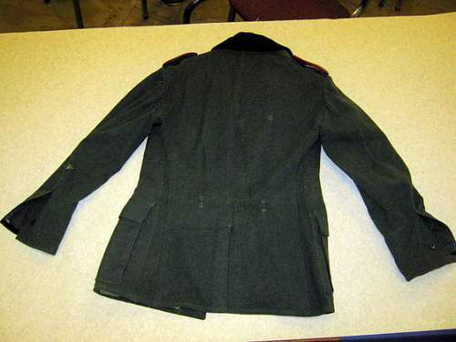Click image for larger version.  Name:Nazi army coat 3.jpg Views:47 Size:39.1 KB ID:502046